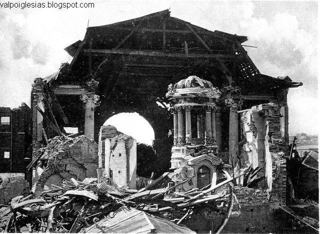 Vistas del altar luego del terremoto de 1906. (CB)